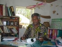 WANIR WÉLÉPANE Écrivain Kanak, poète, essayiste et homme de foi.